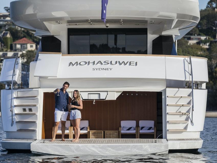 MOHASUWEI Salty Dingo 2018 Beach Club 1