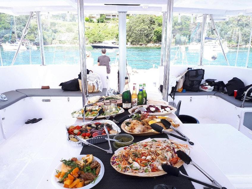 Champagne Sailing Resort Table